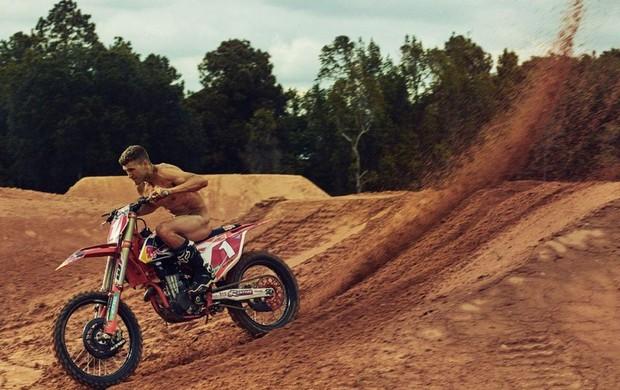 """BLOG: MMArtigos Imperdíveis - """"Como o motocross deu a Ryan Dungey o corpo que ele tem."""" De Eli Moore para Red Bull Magazine..."""