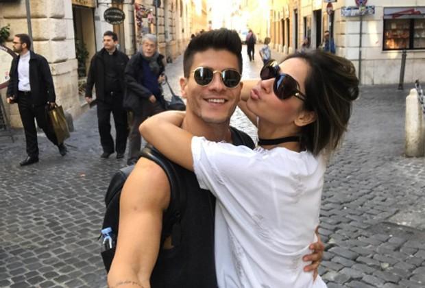 Arthur Aguiar e Mayra Cardi se divertem em Roma (Foto: Reprodução/Instagram)