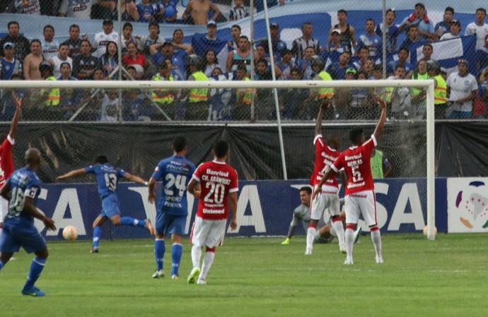 Emelec x Internacional gol Emelec (Foto: Diego Guichard/GloboEsporte.com)