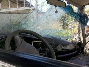 Acidente nos Torrões, no Recife (Foto: Kety Marinho / Globo Nordeste)