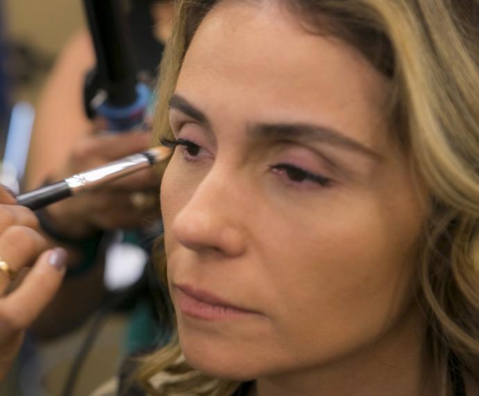 Pele vai ficando com uma aparência mais bronzeada (Foto: Inácio Moraes/ Gshow)