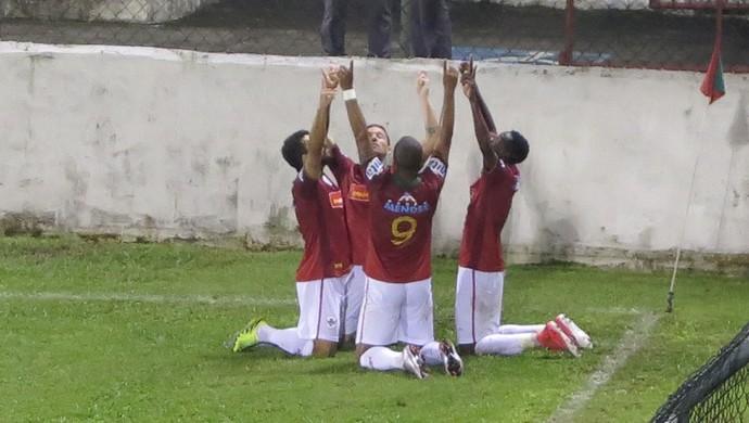 Portuguesa Santista x Olímpia (Foto: Antonio Marcos)