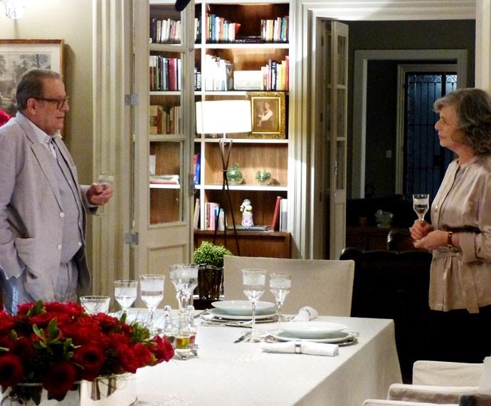 Vitória faz pedido surpreendente a Luís (Foto: Annelise Gomes/Gshow)