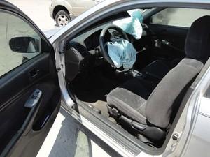 Corey Burdick sofreu acidente com seu Honda Civic 2001 em maior deste ano (Foto: REUTERS/Newsome Melton)
