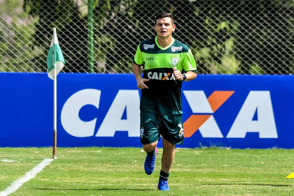 Ruy pode reforçar o América-MG na partida contra o Brasil de Pelotas, sábado, no Independência (Foto: GloboEsporte.com)