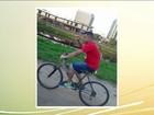 Motorista atropela ciclista e o arrasta por mais de dois quilômetros em SP