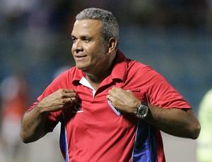 Hélio dos Anjos, técnico do Fortaleza (Foto: Agência Diário)