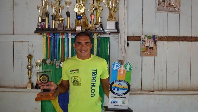 Helton Bastos campeão do Triathlon Tapajós 2015 (Foto: Dominique Cavaleiro/ GloboEsporte.com)
