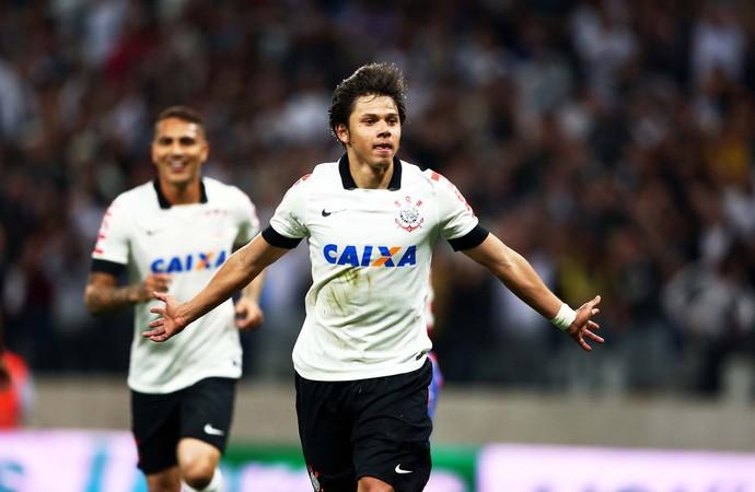 Angel Romero gol Corinthians x Bahia (Foto: Marcos Ribolli)