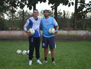 Marcio Silva e Rafael Vaz acreditam no bom desempenho do goleiro contra o Ariquemes (Foto: Samira Lima)