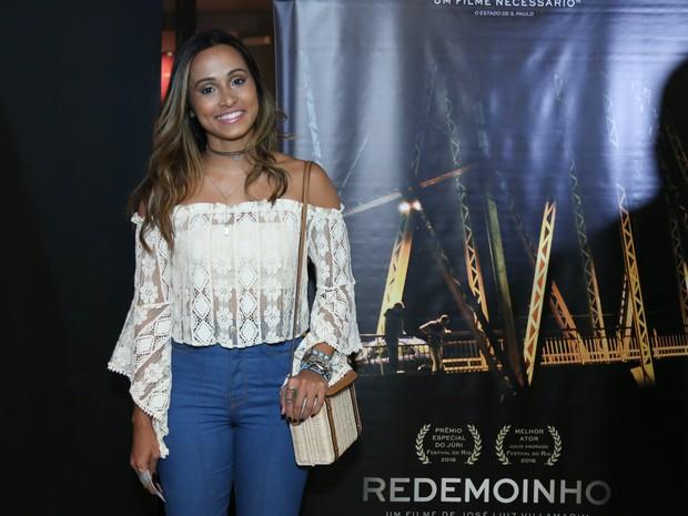 Thaíssa Carvalho em pré-estreia de filme no Rio (Foto: Roberto Filho/ Brazil News)