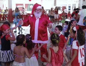 Timbu Coroado Náutico Papai Noel (Foto: Daniel Gomes)