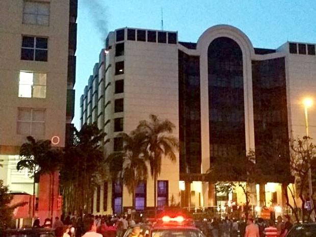 Edifício onde incêndio atingiu sala comercial na tarde desta segunda-feira (29) (Foto: Sérgio Iannini/Arquivo Pessoal)