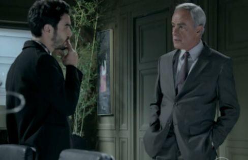 Caio Blat e Roberto Pirillo em cena de 'Império' (Foto: Reprodução)