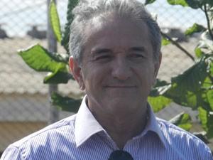Lobato diz que participação da família é importante (Foto: Felipe Santos/G1)