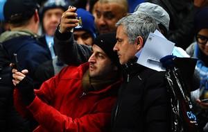 mourinho fotos torcida do city chelsea x manchester city (Foto: Getty Images)