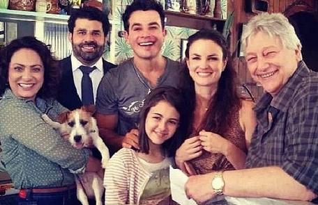 'Já com saudade dos colegas maravilhosos e das cenas do bar de Denizard' postou Marcelo Flores Reprodução
