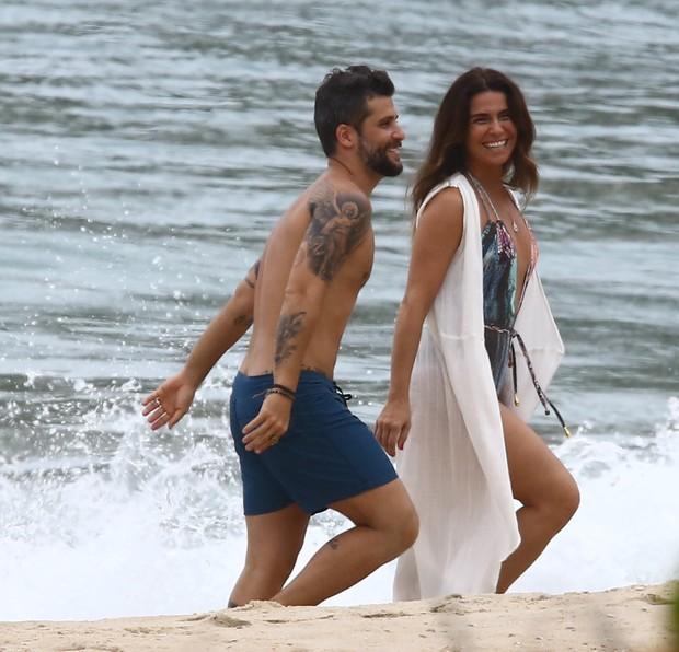 Giovanna Antonelli e Bruno Gagliasso na gravação da novela Sol Nascente (Foto: Agnews)