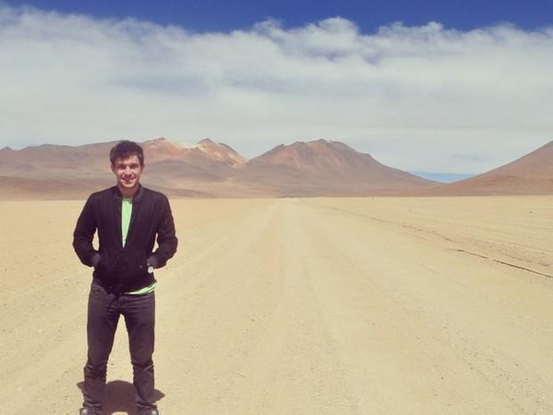 Higor no deserto do Atacama, no Chile (Foto: Higor Lube/ Arquivo Pessoal)