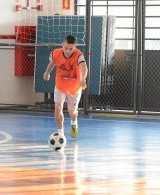 Nenê ala Grêmio Mogiano (Foto: Bruno Rocha)