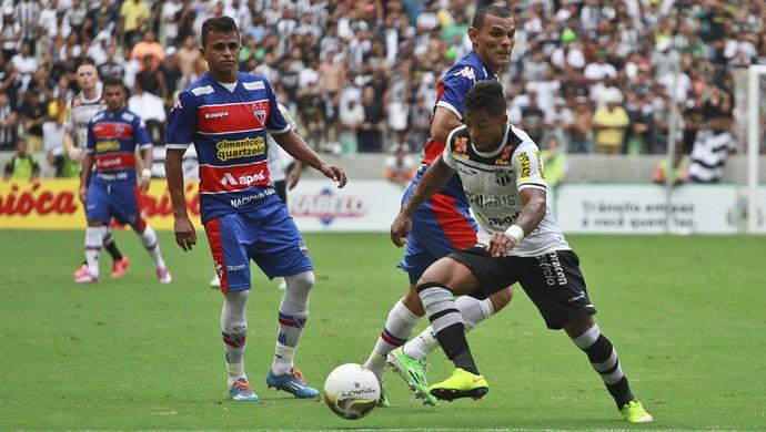 Ceará x Fortaleza - Arena Castelão (Foto: Agência Estado)