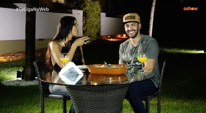 Só alegria! Gusttavo Lima visita o Ceará e conversa com Niara Meireles. (Foto: Se Liga VM)