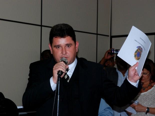 Câmara volta a aprovar afastamento do prefeito de Teresópolis, Arlei Rosa (Foto: Divulgação/Prefeitura de Teresópolis)