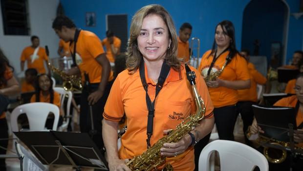 Mara criou uma banda de música em sua comunidade (Moisés Silva/O Tempo)