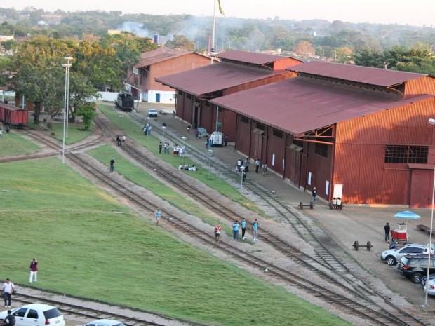 Pátio da ferrovia foi tombado pelo Iphan em 2006 (Foto: Taísa Arruda/G1)