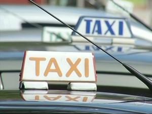 Táxi (Foto: Reprodução/TV Rio Sul)