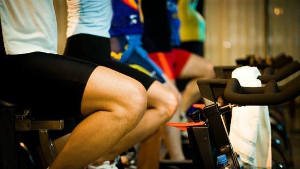 Bicicleta ergométrica também é uma boa alternativa (Foto: Thinkstock/BBC)