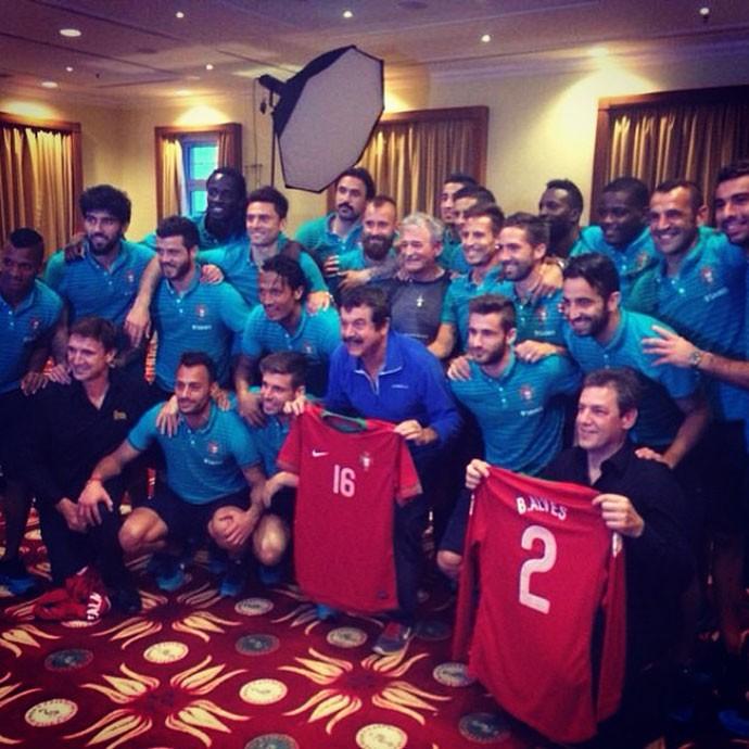 Seleção Portugal e Cantor Quim Barreiros (Foto: Reprodução / Instagram)