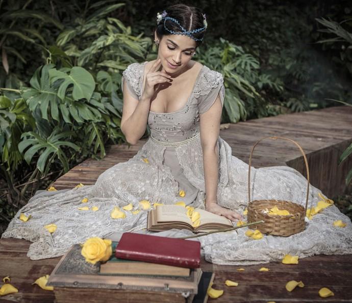 Na vida real, Sabrina também vive um conto de fada, com o noivo, Ramón Velázquez (Foto: Felipe Monteiro/Gshow)
