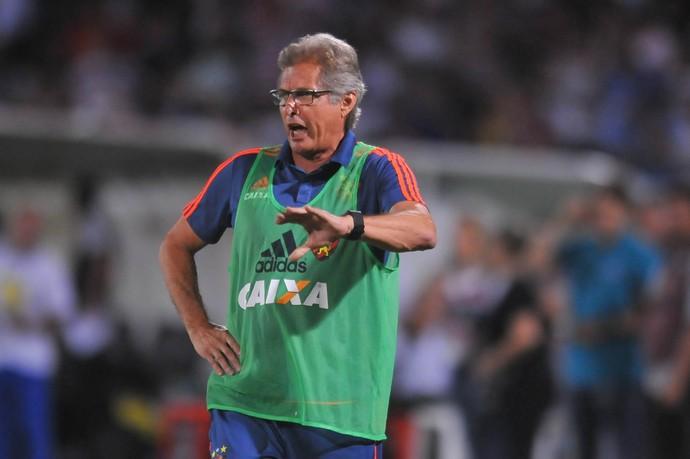 Oswaldo de Oliveira Santa Cruz x Sport Série A (Foto: Aldo Carneiro / Pernambuco Press)