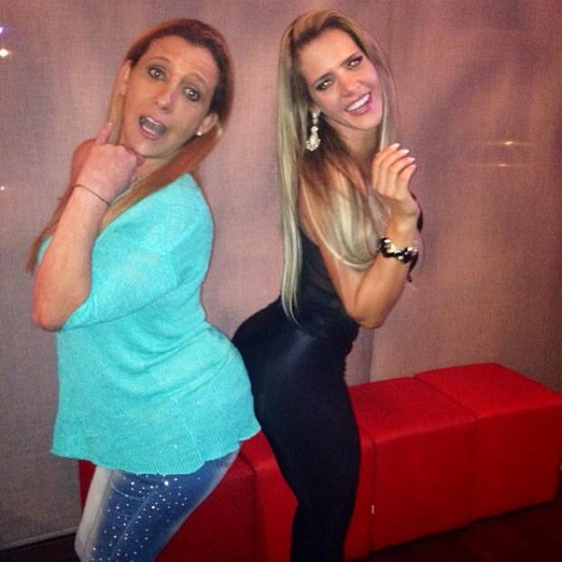 Denise Rocha e Rita Cadillac em boate em São Paulo (Foto: Instagram/ Reprodução)