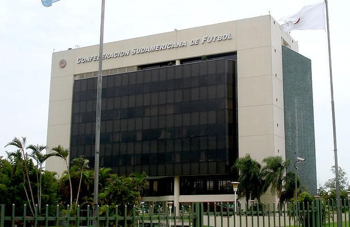 fachada prédio conmebol (Foto: Cassio BArco)