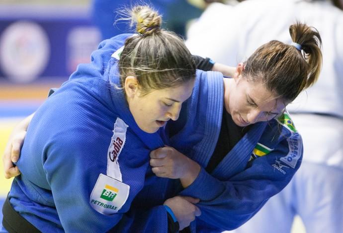 Mayra Aguiar e Barbara Timo treinam na russia (Foto: Rafal Burza/CBJ)