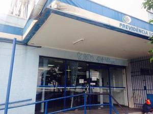 INSS de Cabo Frio não aderiu à greve na manhã desta terça-feira (Foto: Rodolpho Campbell/RC24h)