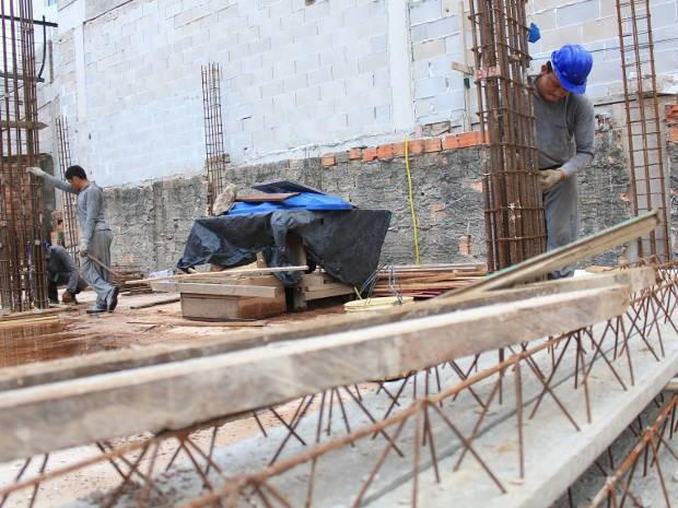 Trabalhadores de Belém, Ananindeua e Marituba paralisam canteiros de obras no Pará (Foto: Laís Teixeira / UFPA)