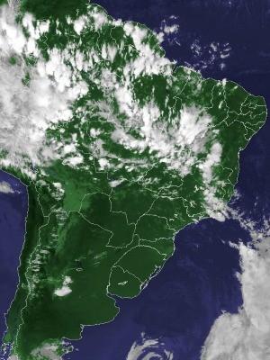 Imagem de satélite capturada na tarde desta sexta-feira (22) (Foto: Reprodução/Cptec/Inpe)