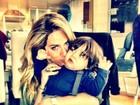 Giovanna Ewbank posta foto 'agarrando' filho de Ricardo Pereira