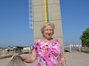 Senédia Marques é de Florianópolis e viu o fenômeno pela primeira vez (Foto: Fabiana Figueiredo/G1)