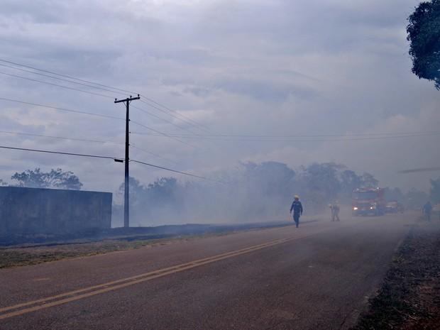 Incêndio atingiu Área de Proteção Ambiental em Rio Branco (Foto: Veriana Ribeiro/G1)