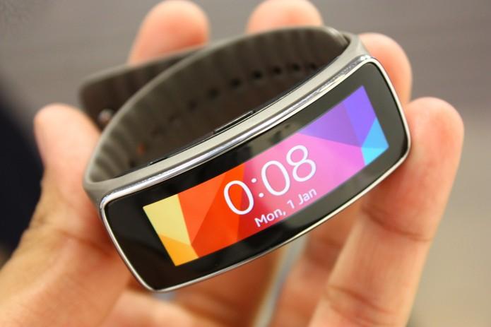 Samsung Gear Fit, o relógio inteligente firness apresentado no MWC 2014 (Foto: Allan Melo/TechTudo)