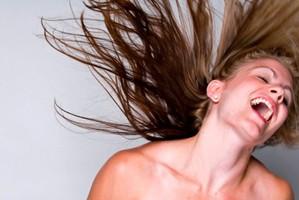 Deixe o cabelo oleoso lindo e limpo por mais tempo