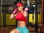 Camila Gomes faz crossfit e boxe para se preparar para Carnaval
