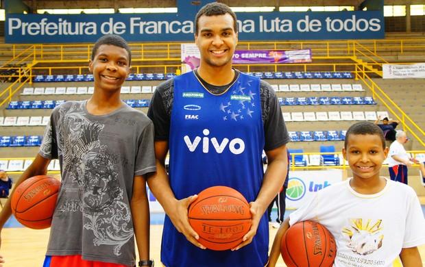 Léo, Lucas e Nathan, do Franca Basquete (Foto: Lucas Diniz - assessoria VIVO/Franca)
