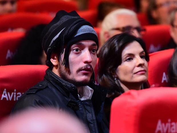 Helena Ranaldi e o namorado, Allan Souza Lima, no Festival de Cinema de Gramado (Foto: Alex Palarea/ Ag. News)