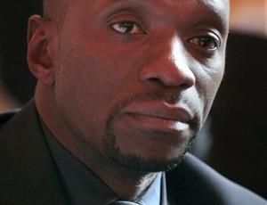 Fraude jogador congo Chancel Mbemba Mangulu (Foto: Reprodução CNN)