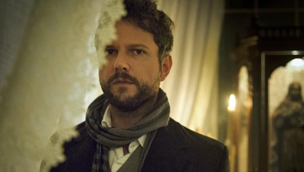 Selton Mello é Augusto de Valmont, um dos aristocratas da minissérie Ligações Perigosas (Foto: Globo)